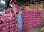 Central Govt Offers Buffer Onion Stock To States To Keep Prices In Check