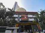 Sensex Ends 675 Points Lower; ICICI Bank Shares Slump