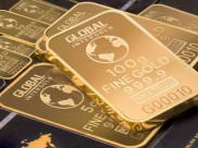 Gold Hits 7-Year High As Caronavirus Fears Persist