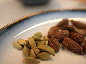 Cardamom decline due to profit booking