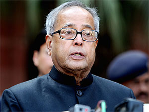Pranab likely to meet Mitra on financial crisis