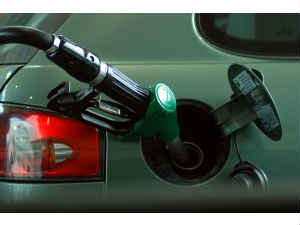 Petrol may cool down by Rs 0.60/litre