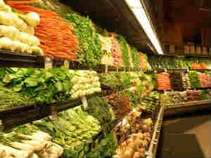 Vegetable prices push retail inflation into double digit