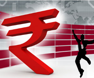 Rupee drops 22 paise despite strong equity markets