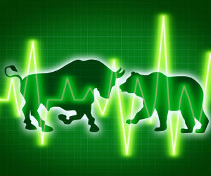 Indices trade higher on strong global cues