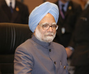 Manmohan Singh to seek German support for India-EU trade dea