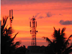 Telecom shares give thumbs-up to TRAI recommendations