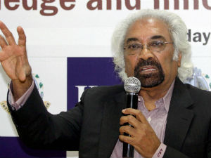 UPA govt 'messed up', was inconsistent in its policies: Sam Pitroda