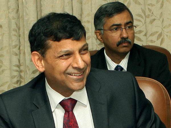 RBI to issue new Rs 10 denomination banknotes with Rajan's signature