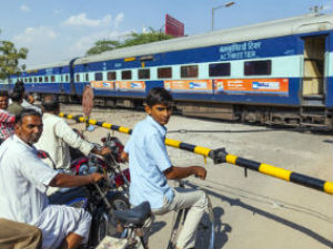 Rail Budget 2014 to focus on new design coaches, clean stations