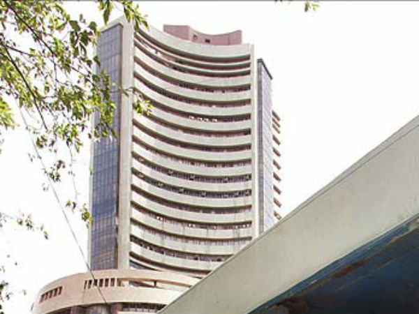 Buy Stocks at Lower Levels;  A Pre-Budget Market Rally Likely
