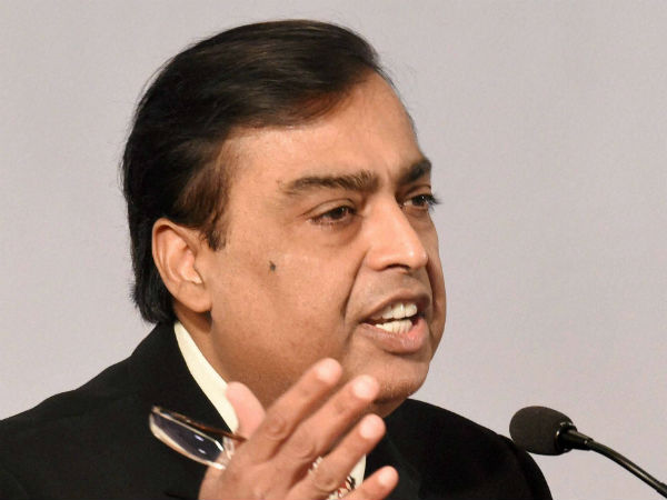 Reliance Industries Q3 Net Profit Drops 4.5% to Rs 5256 crores