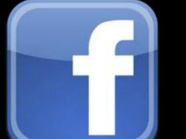 Facebook Rings Reliance Communications for Free Data Access