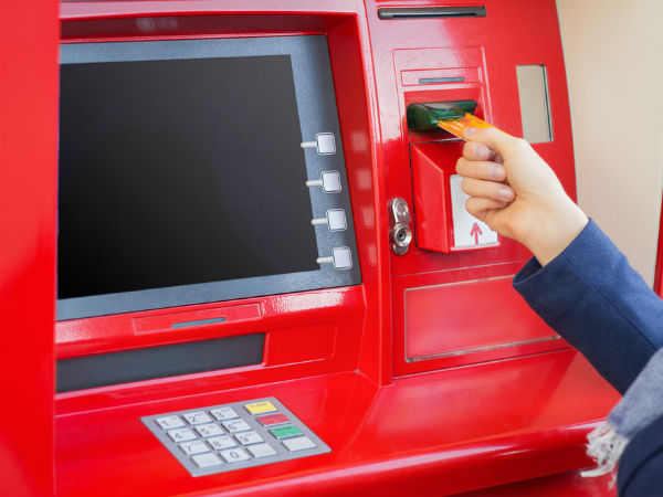 8 Smart Ways to Avoid ATM Charges