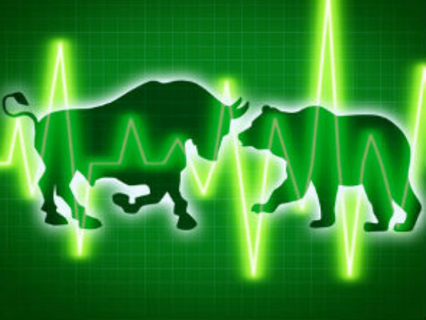 Sensex, Nifty Trade Flat; IT Stocks Recover On Falling Rupee