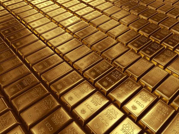 Gold At 4-Month Low, Tumbles Rs 450 On Weak Global Cues