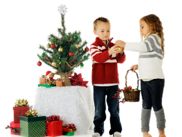 5 Financial Gifts For Children This Christmas