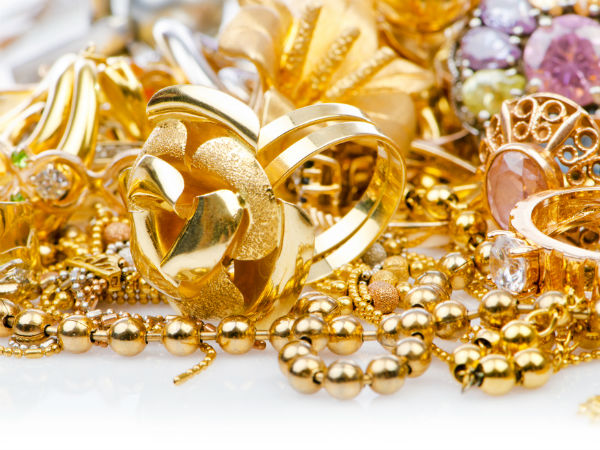 Gold Begins 2016 With A Glitter On Jewellers Buying