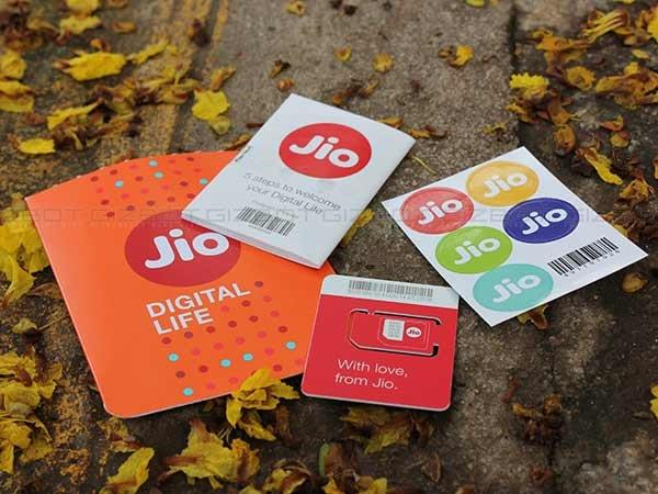 Jio With Big Bonanza, Free Voice Calls Across Networks