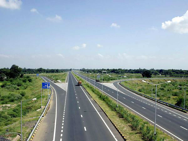 Order Book of 50 Road Companies May Touch Rs 1 Lakh Crore This Fiscal: Crisil
