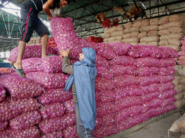 Retail Price Of Onion Touches Rs 140/kg In Some Cities