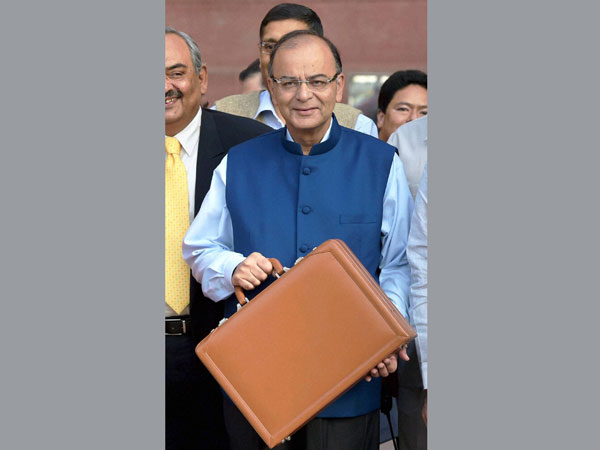 Briefcases used by various Indian FMs