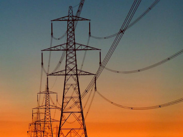 Electricity Tariffs Slashed in Delhi by up to 32%