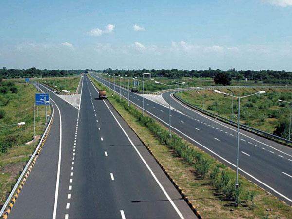 Here are the details on India's Largest Road Project: Samruddhi Mahamarg