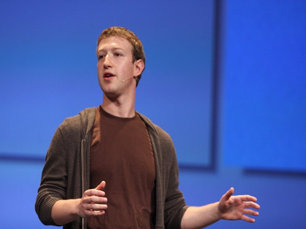 Facebook's Zuckerberg Admits Mistakes, Promises Fixes