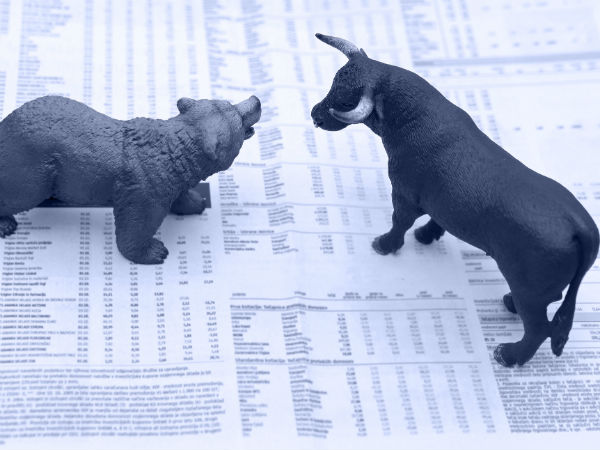 Markets Open Modestly Higher; Banking Stocks Recover