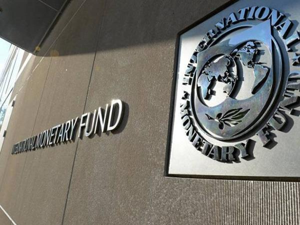 IMF projects India's Growth at 7.3% in 2018 & at 7.4% in 2019