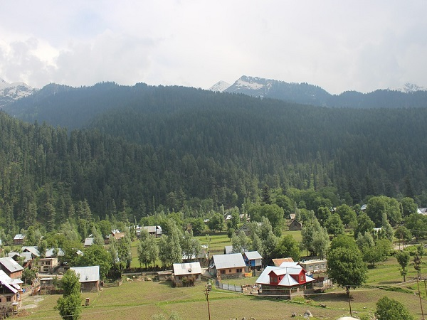 Govt Paves Way For Any Indian Citizen To Buy Land In Jammu & Kashmir