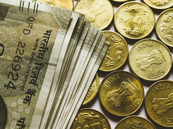 London Surpasses Mumbai In Rupee Trading Volumes
