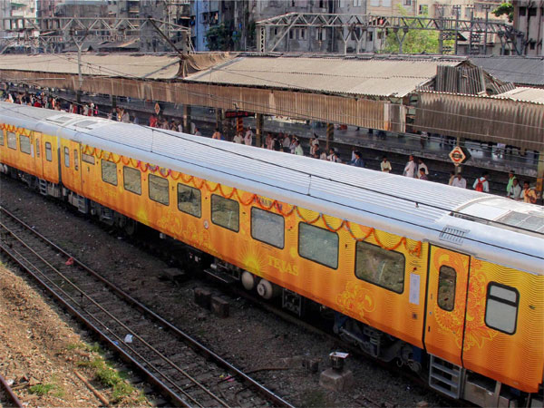 Passengers Of Delhi-Lucknow Tejas Express To Get Free Travel Insurance Worth Rs 25 Lakh