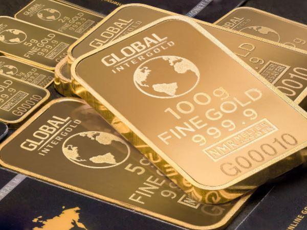 Gold Hits 7-Year High As Caronavirus Fears Persist