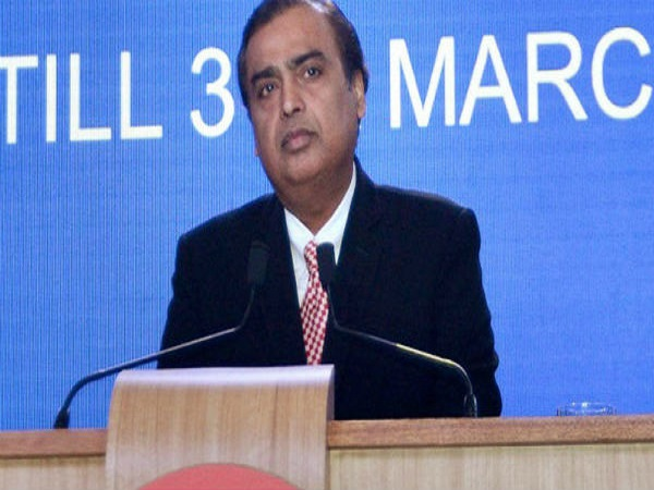 RIL Shares Slip 4% Post Q3 Results