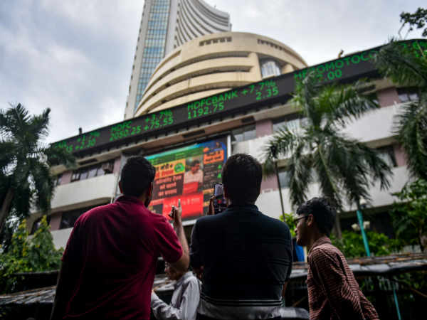 Sensex Surges; Ends 1028 Points Higher On Strong Global Cues