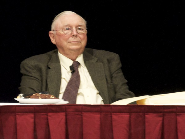 Charlie Munger's 'Wait And Watch' Strategy For Long Term Investors Amid COVID-19