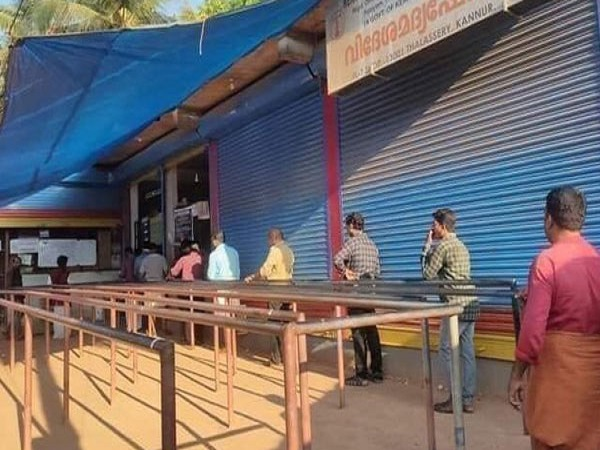 Lockdown: Govt Allows Local Standalone Shops To Be Reopened