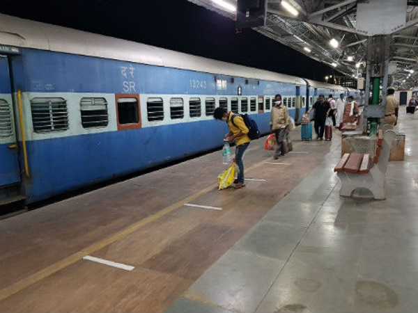 All Regular Train Tickets Till 12 August Cancelled As COVID-19 Cases Rise