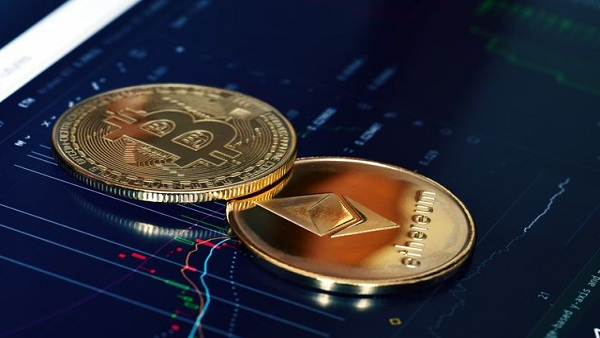 Crypto News: Bitcoin, Ethereum, Dogecoin Price Dips