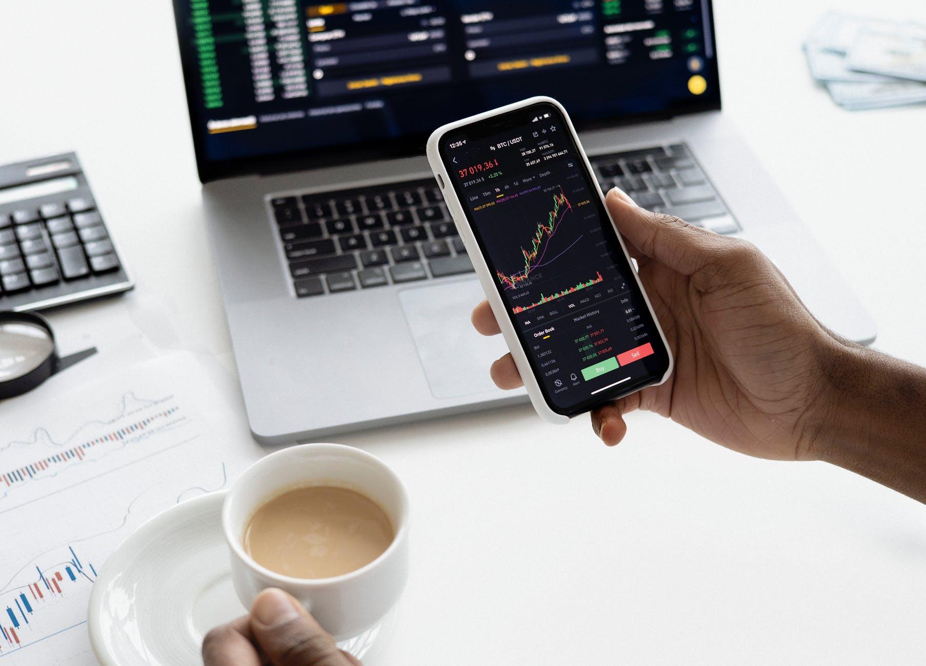 Sharekhan Says To Buy The Stocks Of This Finance, Pharma and IT Companies