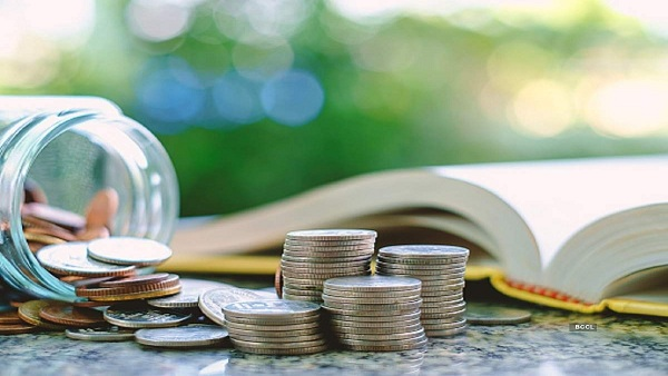 This Govt. Company Offers Fixed Deposits With Monthly Compounding, Good To Invest