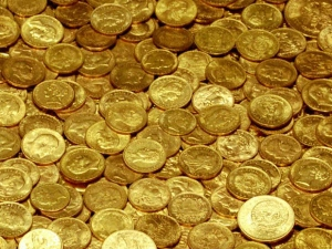 Gold Down On Strong Dollar