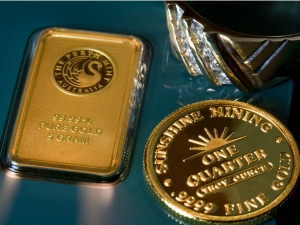 Gold Down On Fed Rate Hike Possibility