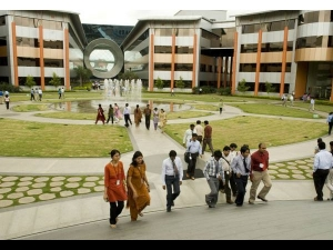 Infosys Set Up Campus Indianapolis Add 3000 Us Employees