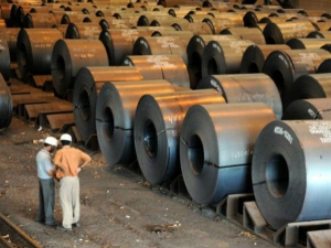 Govt Mulls Increase Import Duty On Steel Products Support Rupee