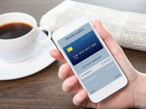 Few Risks Avoid With Mobile Banking Services