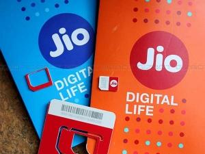 How To Link Aadhaar To Your Jio Number?