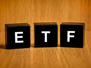 Gold ETFs Yielded 9.79% Return In Past One-Year: Should You Invest?